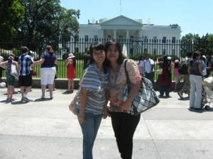 Keramaian di sekitar White House
