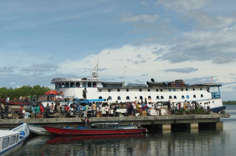 Menuju Pulau Siberut: 20 Jam di Atas Kapal