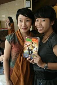 Bersama Felicia dan Bukunya