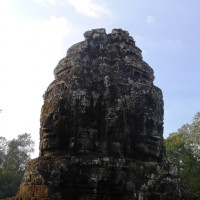 Temples Hopping: Bayon and Phnom Bakheng
