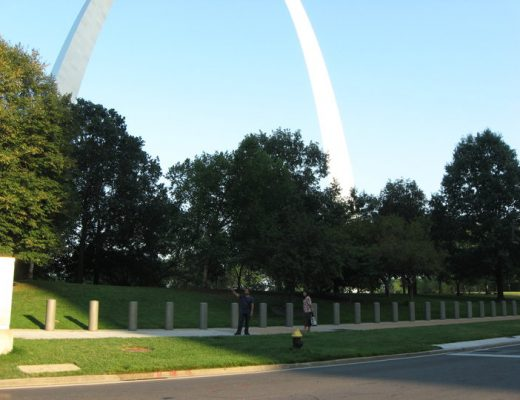 Mengunjungi Gateway Arch, Gateway to the West di Saint Louis